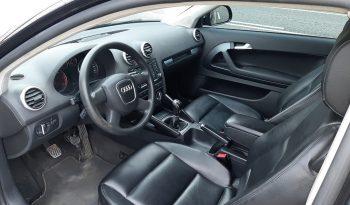 Audi A 3 1.6 TDI –  SPORT  S-LINE   C/GPS completo